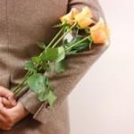 バレンタインに逆チョコで告白!男からって海外では?プレゼントは何がいい?